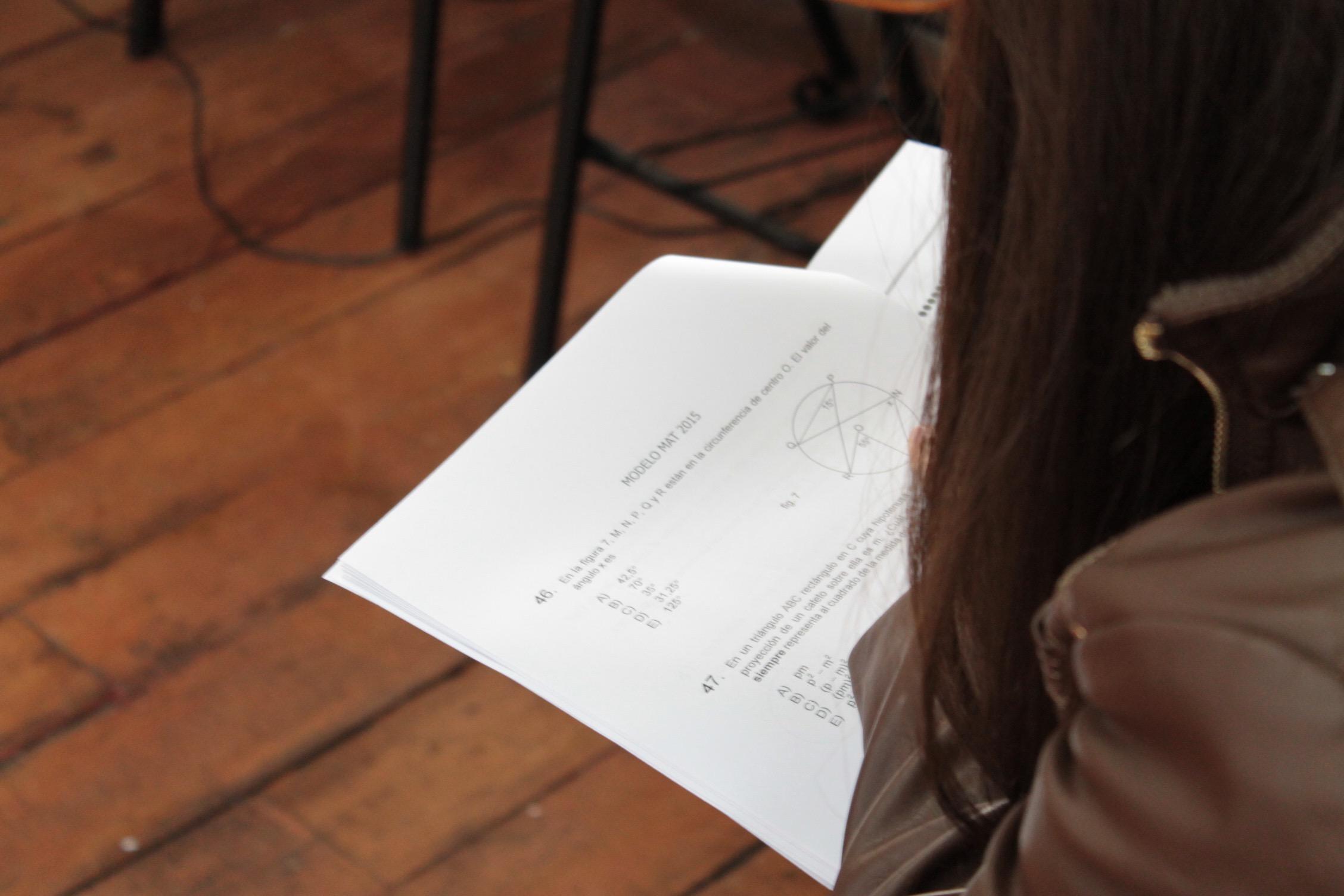 Alumnos en ensayo PSU